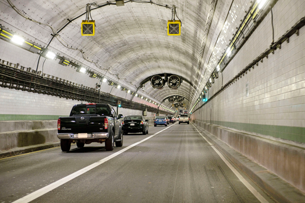 Norfolk midtown tunnel USA
