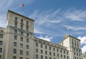 The Ministry of Defence (MOD) Whitehall project entailed a complete refurbishment of the Grade II listed building