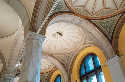 Special solutions have been required in order to maintain the cultural and historical values of the building and meet all requirements for modern technology. The colors in the vaulted ceilings have been carefully restored to their original appearance.