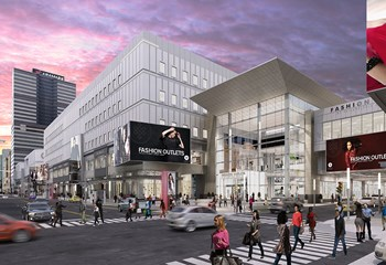 Fashion Outlets Philadelphia wanted to rebrand the Gallery Mall while portions of the building remain occupied. Skanska and our joint venture partner are using phased construction to allow businesses to stay open during the one million-SF renovation.